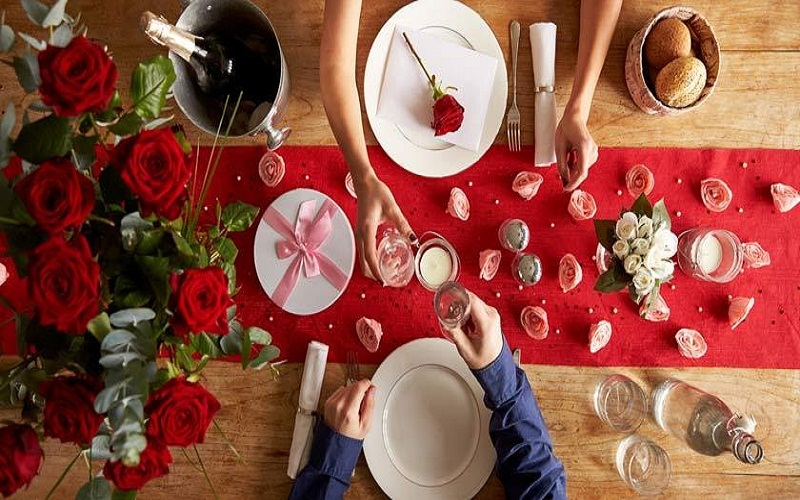 top romantic dinner